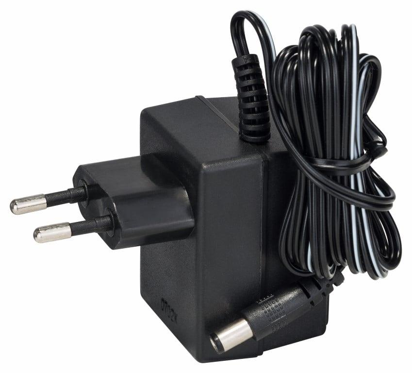 Standardlader til PSR 2,4 V 300 min, 230 V, EU