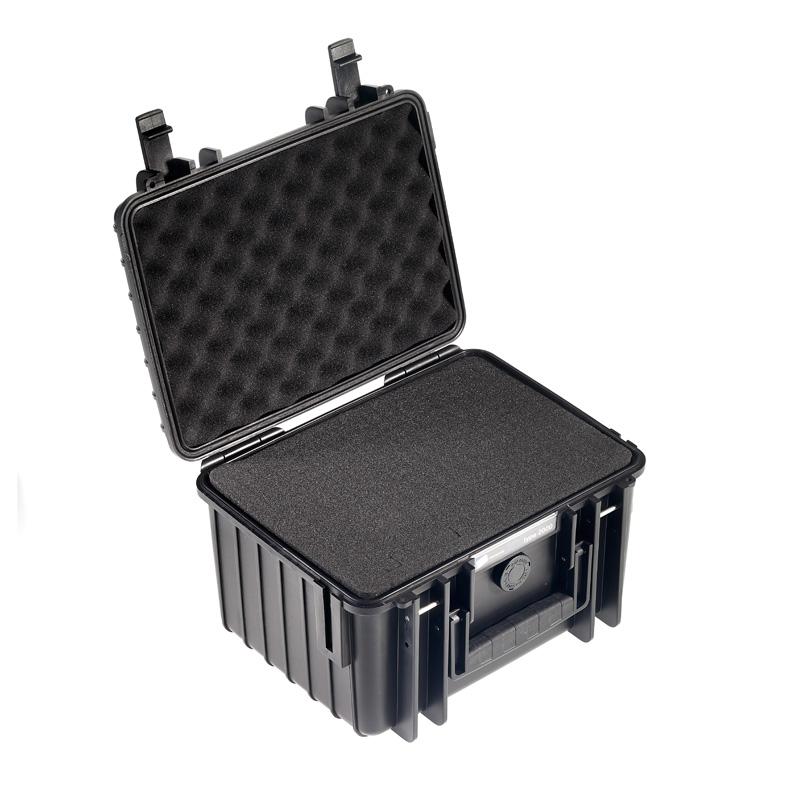 OUTDOOR kuffert i sort 250 x 175 x 155 mm med skum polstring Volume: 6,6 L Model: 2000/B/SI