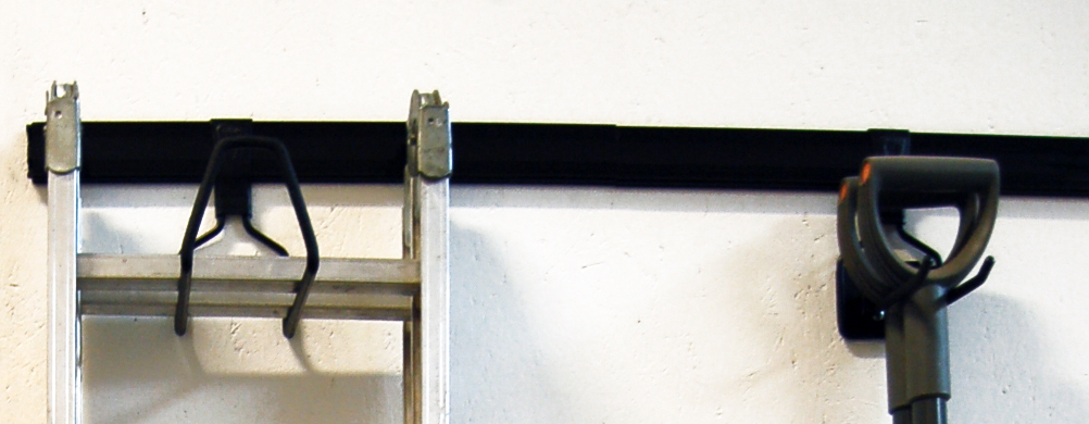 Image of   Ophængsskinne med cover 130 cm.